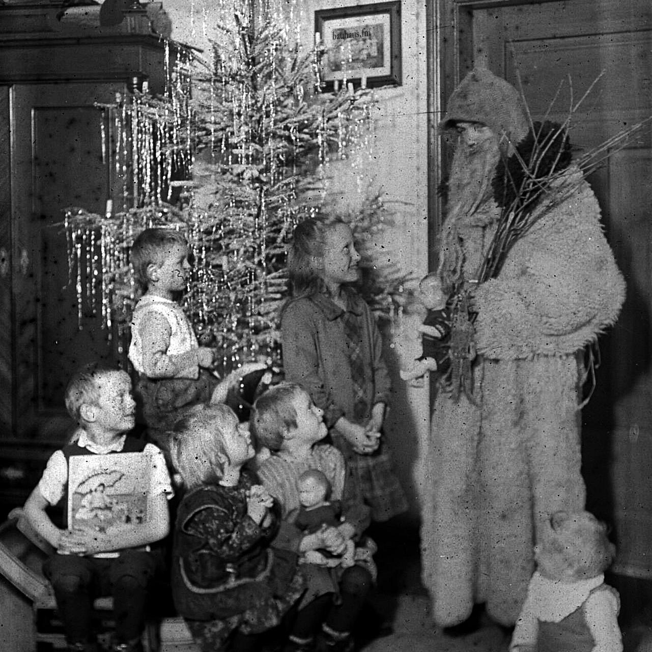 bauhaus.fm Christmas Special.