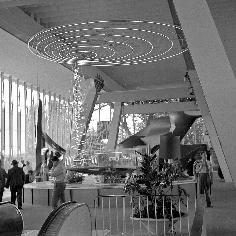 Expo 1958 Radio Luxembourg.