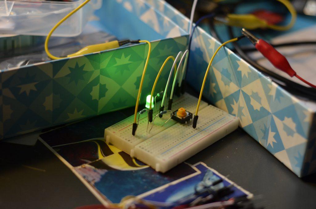 Tutorial: Connecting Arduino-LilyPad wireless via XBee to